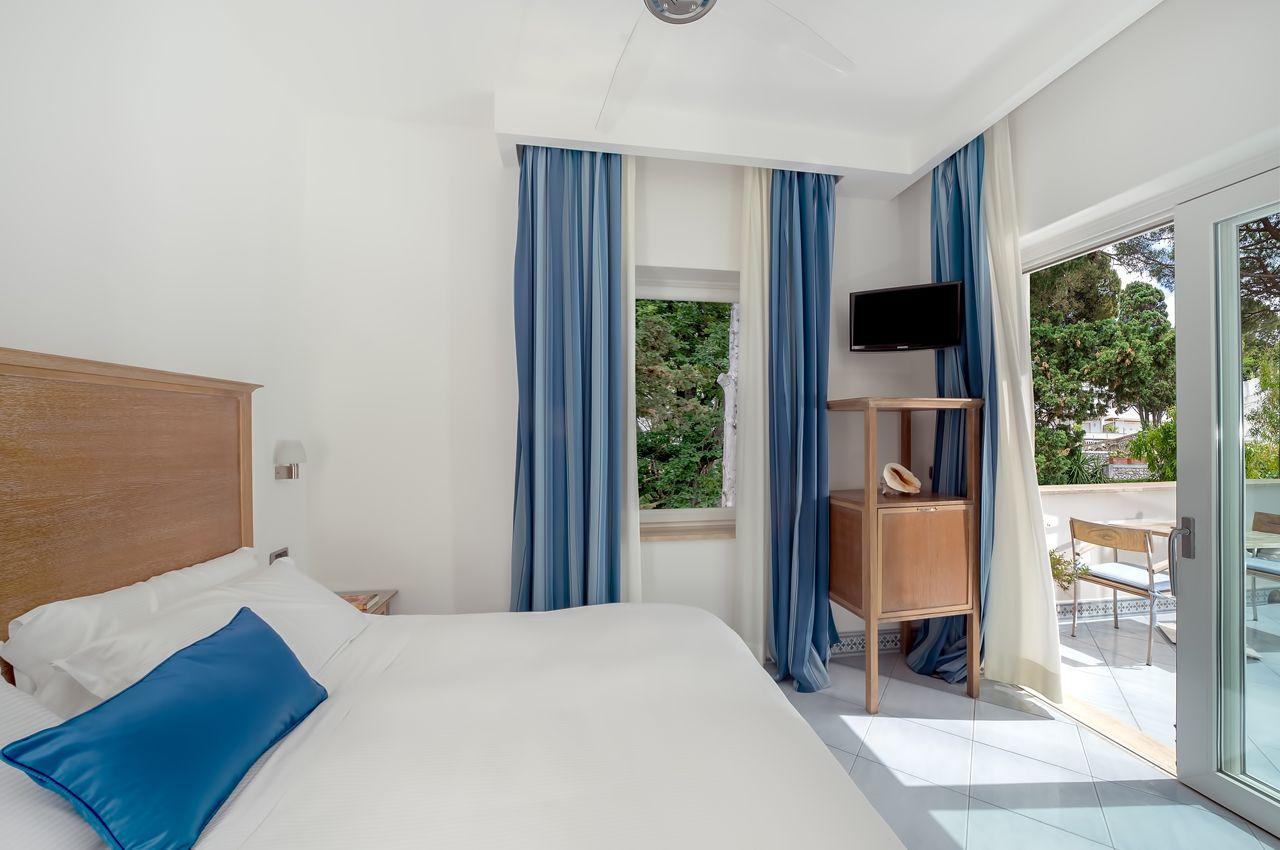 1_hotel_lafloridiana_capri_comfort