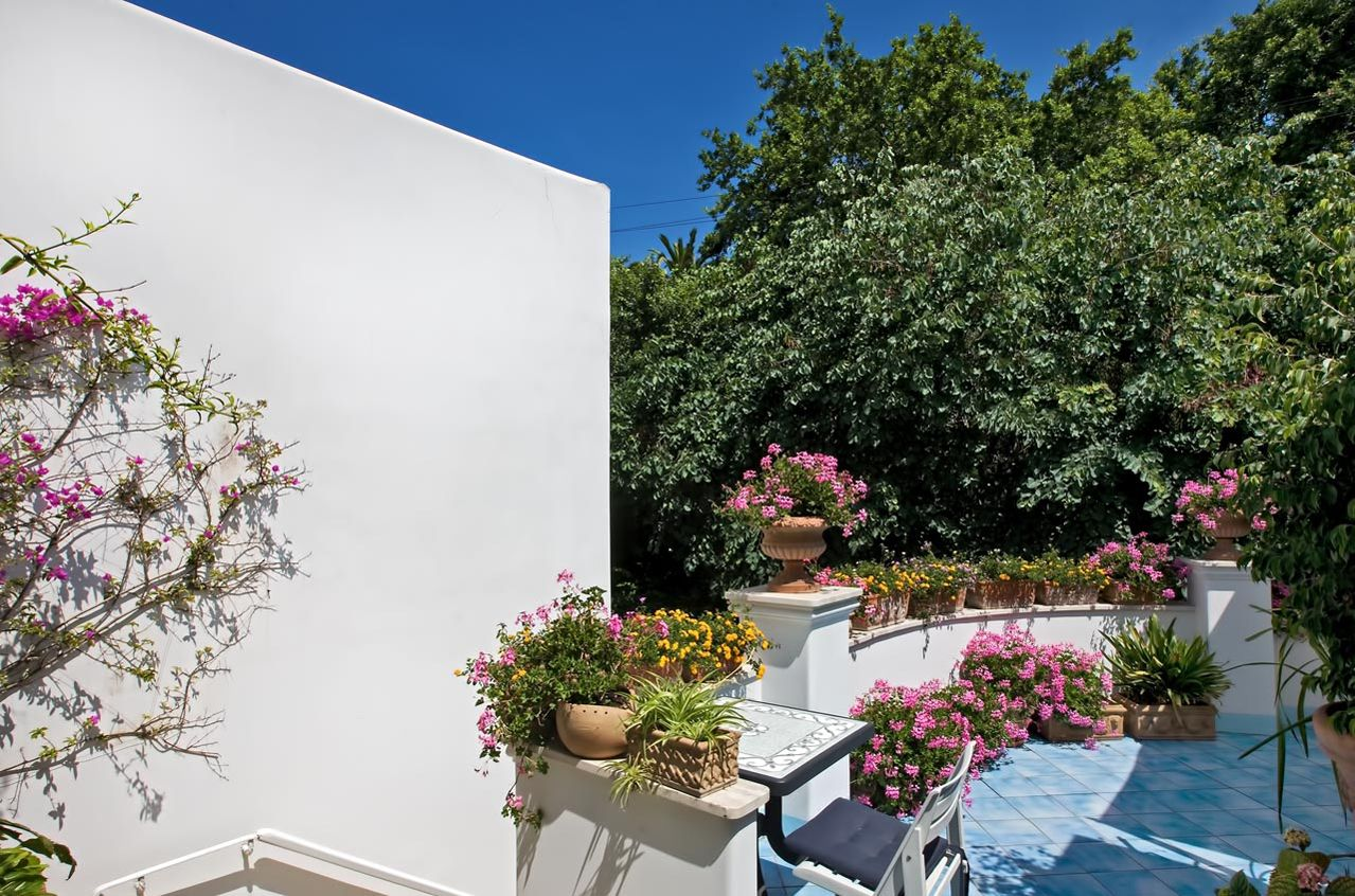 2_hotel_lafloridiana_capri_comfort
