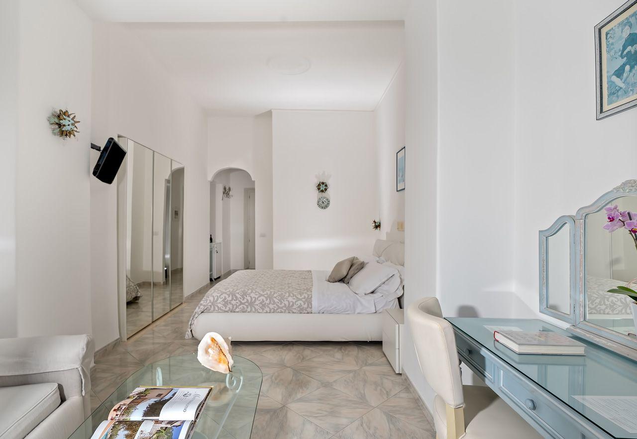 3_hotel_lafloridiana_capri_superior_vista_mare